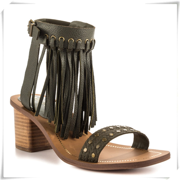 0fcf1832f816 Aldo Cayley sandals in